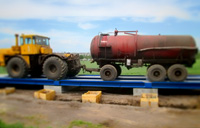 Автомобильные весы 100 тонн ВАЛ. Контрольное взвешивание трактора с прицепом. фото #14